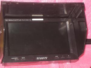 Swit S1080 Monitor