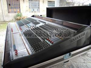 Stagetec Cantus Digital Sound Desk Control Surface With 68 Input Faders. Cameras & Photo 2.3m W Video Production & Editing