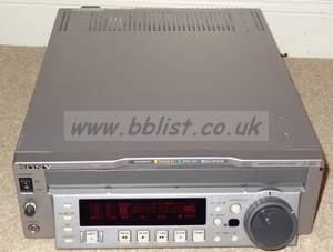 Sony J-30 multiformat player for PAL / NTSC digi beta, beta
