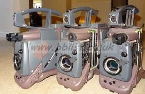 3x Thomson 1657D 16:9 camera heads