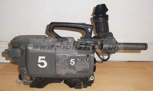 Sony BVP550WSP camera with fischer triax back.