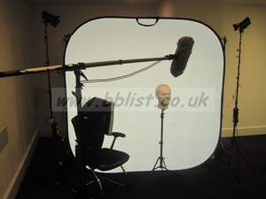 Reflecmedia portable blue and green screen kit