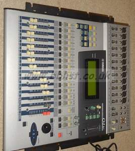 Yamaha 01V 16 channel digital sound mixer with rack kit fitt