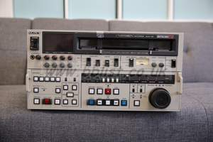 SONY BVW-70P Videocassette Recorder