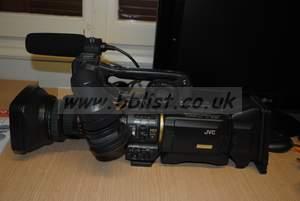 "JVC GY-HD200UB 1/3"" 3-CCD Professional HDV Camcorder wi"