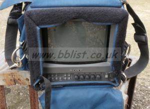 Sony monitor PVM-9L3, Portabrace