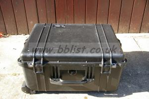 Case Peli 1610 with dividers
