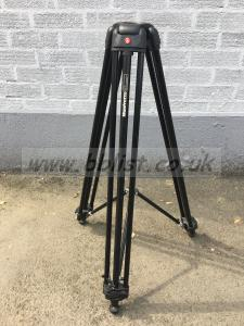 Manfrotto 547b tripod legs + Mid-level spreader