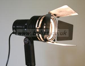 Sachtler 300W Reporter light
