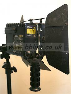 Lowel Omni light