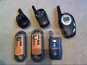 6x walkie talkies. Motorola,Cobra.