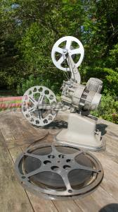 16mm bell and howell projector