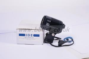 IDX-X5 lcamera light incl. D-tap.