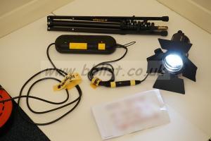 Dedolight SYS-DLH4 head, dimmer, barndoors, gelholder, stand