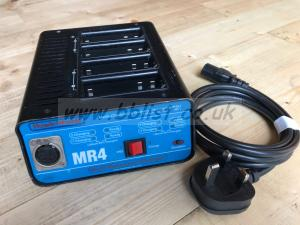 Hawk Woods MR4 NP battery charger