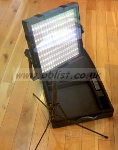 Techpro Felloni B150 LED light panel