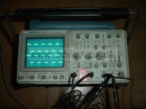 Tektronix 2465A 300MHZ oscilloscope