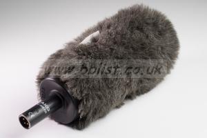 AKG C 568 EB Shotgun Microphone + Rycote Softie