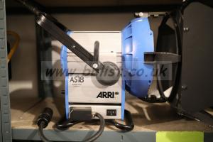 Arri M18 HMI daylight lighting projector + accessories