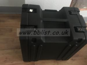 SKB 8U Rolling Rack Case, TSA Locks, Mint Condition.