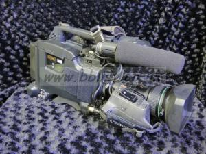 3 Sony DVCAM Camcorders DSR450 and 570