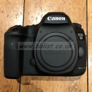 Canon 5D Mark III with Canon 24-70mm 1:4 L IS USM lens