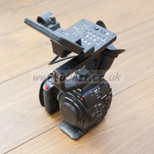 Canon C300 mk 1 - EF mount + bits + Pelicase.