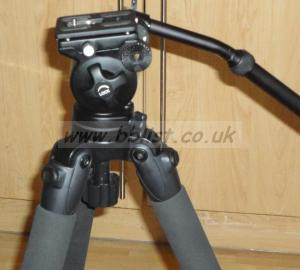 Miller Safari R1110 tripod carbon fibre fluid head