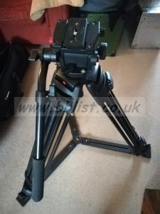 Manfrotto fluid head tripod 503 head and 525mvb legs bag