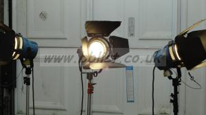 Arri lighting kit 2x arrilite 800w & 650w fresnel in bag