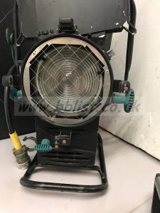 Strand 1.2kw msr fresnel lamp