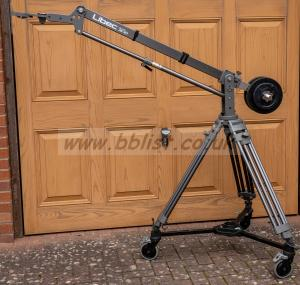 Libec JB-30 jib and Libec tripod with rolling base. VGC.