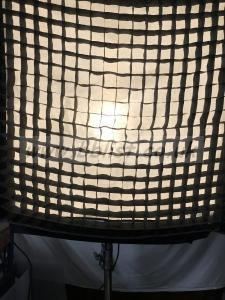 Lowel Rifa EX 88 egg crate 88-40 degrees in new condition