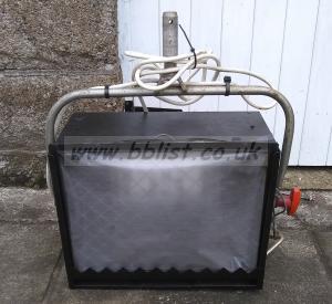 Quartzcolor Iris-1 1250Watt Cyclorama Softlight(Ref=2)