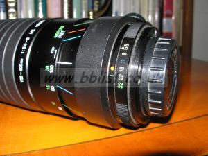 Cosina telephoto zoom lens