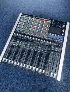 Soundcraft Si Performer Desk + Soundcraft VI CSB 16 RJ 45
