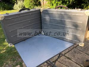 Large aluminium flight cases