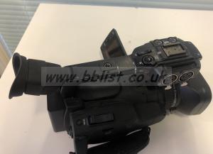 Canon XF100 E