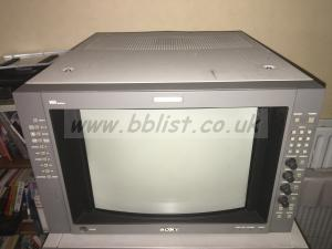 Sony BVM-D14H5E multi format monitor with BKM-129X