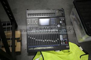 Tascam DM-24 Digital Mixing Console