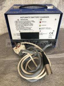 12V DC 10A LEAD ACID BATTERY CHARGER PROFESSIONAL EQUIPMENT