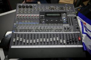 Tascam TM-D1000 Mini-Mixer
