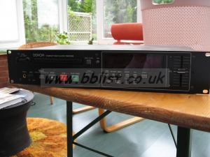 Rack mount Denon CD PLayer DN-C360