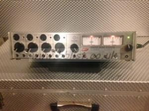 Location Portable 4Ch in / Stereo 2 CH Out Cooper 104 mixer