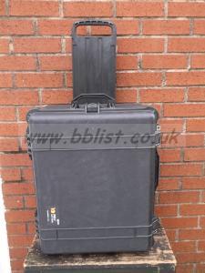 Peli 1610 Case with retractable handles and wheels.