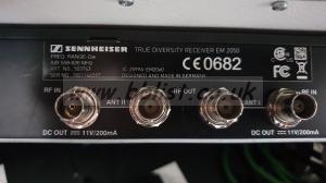 Sennheiser twin radio mic receiver