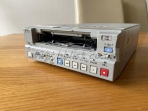 DSR-11 DVCAM Player/ recorder