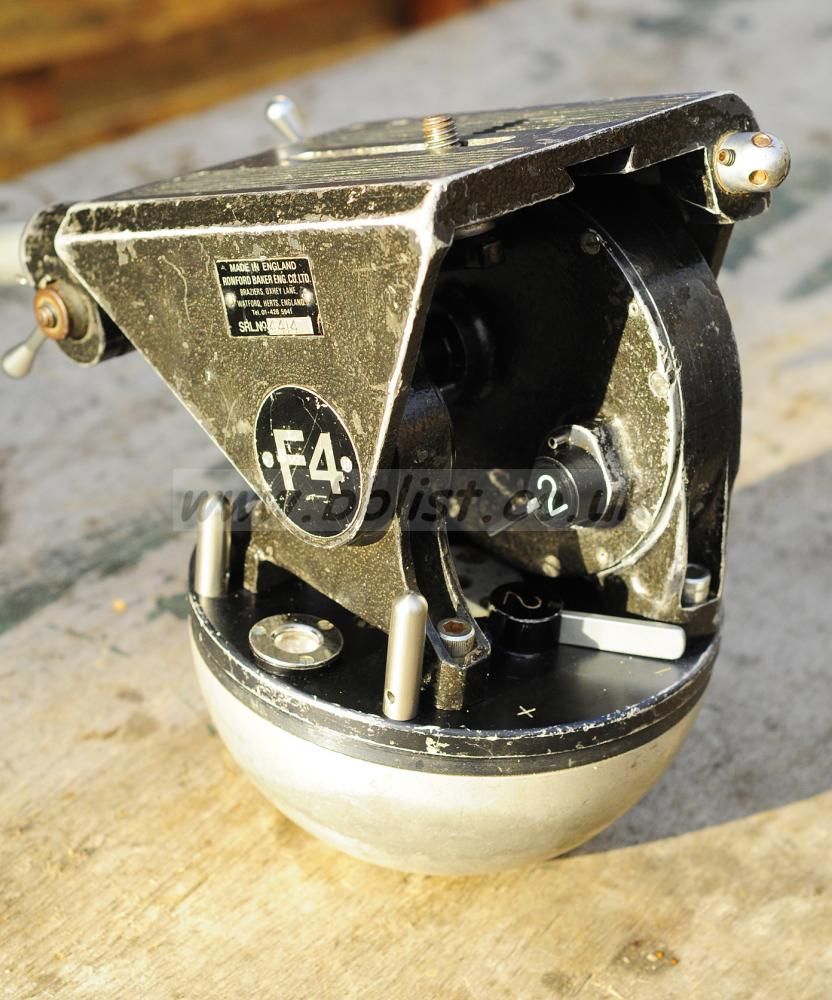 Ronford Baker F4 Fluid Head